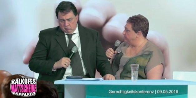 Oliver Kalkofe mimt Gabriel und jene Putzfrau, die den SPD-Chef vorgeführt hat