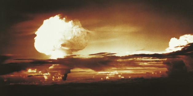Nuclear Bomb Test, Bikini atoll and Enewetak, October 31 1952
