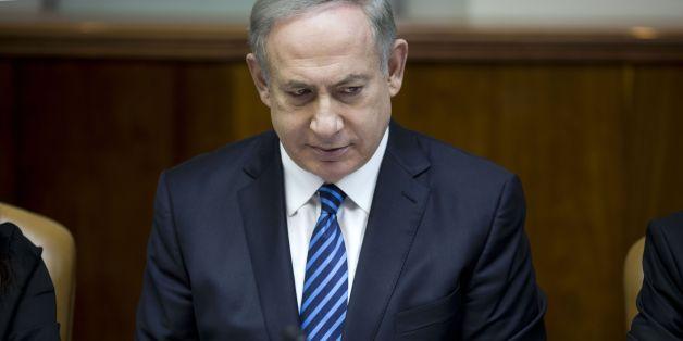 Israeli Prime Minister Benjamin Netanyahu chairs the weekly cabinet meeting at his office in Jerusalem on December 11, 2016. / AFP / POOL / ABIR SULTAN        (Photo credit should read ABIR SULTAN/AFP/Getty Images)