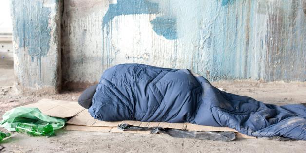 Den Tätern, die einen Obdachlosen in Berlin angezündet haben, droht lebenslange Haft