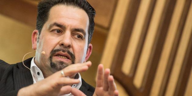 Der Vorsitzende des Zentralrats der Muslime kritisiert die deutschen Sicherheitsbehörden
