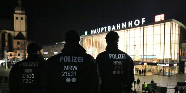 Über 1700 Polizisten waren zur Silvesternacht in der Kölner Innenstadt im Einsatz.