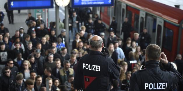Ein 56-Jähriger kritisierte am Flensburger Bahnhof die Arbeit der anwesenden Bundespolizisten