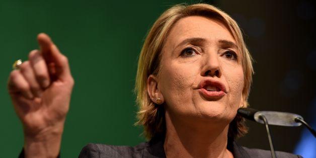Nach ihrer Polizeikritik: Druck auf Grünen-Chefin Peter nimmt zu