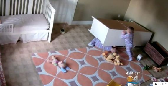 toddlers saves twin