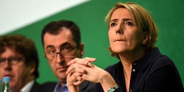 Simone Peter sieht sich nach ihrer Kritik an der Kölner Polizei zunehmend isoliert in ihrer Partei