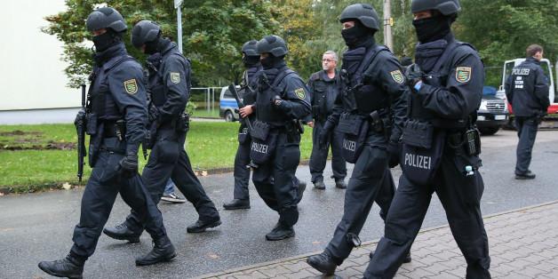 Großrazzia in Leipzig: Hunderte Polizisten durchkämmen Innenstadt