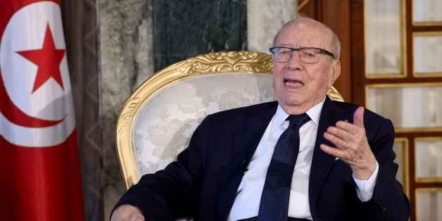 Tunisian President Beji Caid Essebsi answers questions during his meeting with French students of political science at the Presidential Palace in Carthage on January 12, 2017.  / AFP / FETHI BELAID        (Photo credit should read FETHI BELAID/AFP/Getty Images)