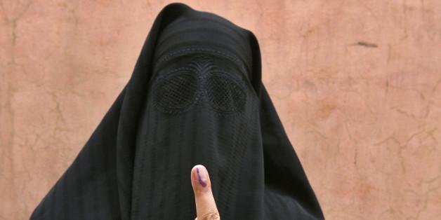 Frau mit Burka (Symbolbild)
