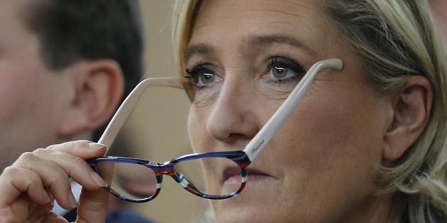 Die Chefin des französichen Front National liegt bei einer Umfrage vorne