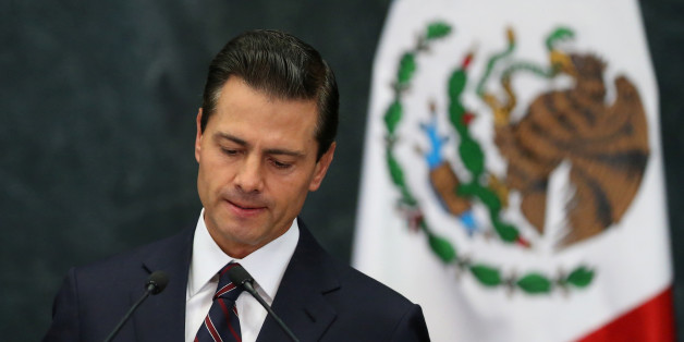 Mexico's President Enrique Pena Nieto delivers a speech at Los Pinos presidential residence in Mexico City, Mexico, January 4, 2017. REUTERS/Edgard Garrido