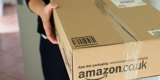 Eine Britin soll in einem Paket von Amazon eine geschmacklose und unheimliche Botschaft gefunden haben