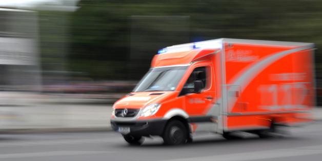(GERMANY OUT) Rettungswagen der Berliner Feuerwehr  (Photo by snapshot-photography/ullstein bild via Getty Images)