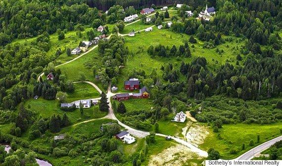 canadiana village