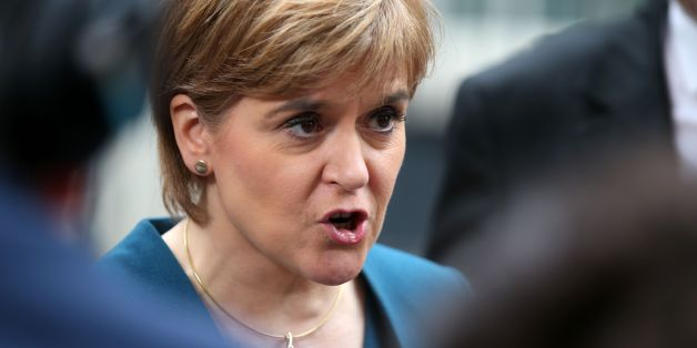 Die schottisch Premierministerin Nicola Sturgeon will noch einmal über die schottische Unabhängigkeit entscheiden lassen