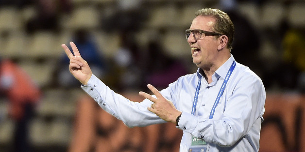 Algeria's Belgian coach Georges Leekens reacts during the 2017 Africa Cup of Nations group B football match between Algeria and Tunisia in Franceville on January 19, 2017. / AFP / KHALED DESOUKI        (Photo credit should read KHALED DESOUKI/AFP/Getty Images)