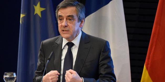 François Fillon, Präsidentschaftskandidat in Frankreich, schlägt in einem Interview ein europäisches Verteidigungsbündnis vor