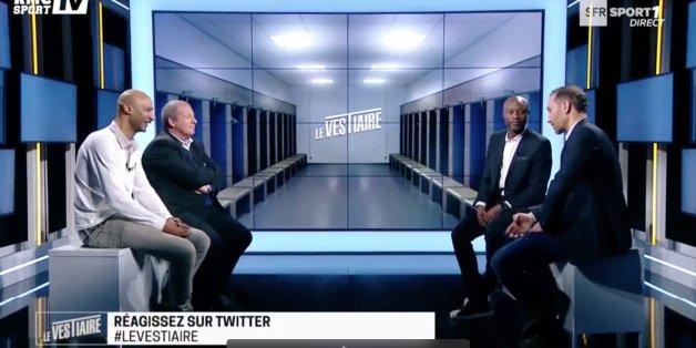 """Aziz ben Askar, entouré de William Gallas, Samy Traoré et Roland Courbis lors de l'émission tv sportive """"Le vestiaire"""" sur RMC sport TV"""