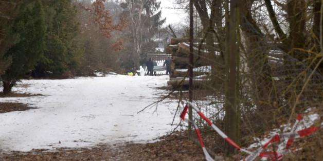 Nach Feier in Gartenlaube in Unterfranken: sechs junge Männer und Frauen tot gefunden