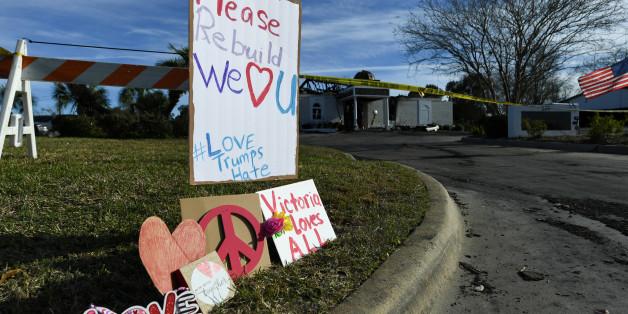 Nach Brand: Die Unterstützung für die muslimische Gemeinde der amerikanischen Kleinstadt ist groß