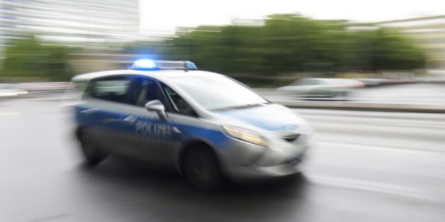 Die Polizei in Bad Krozingen sucht nach einem Mann, der eine Frau vor ihrem 4-jährigen Kind belästigt haben soll