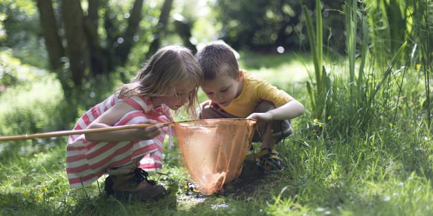 Im spielzeugfreien Kindergarten dürfen die Kinder ihre Beschäftigung und Spielzeiten selbst bestimmen