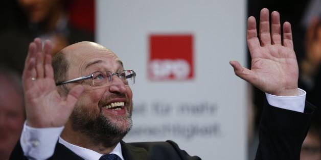 Martin Schulz kann sich freuen: Die SPD liegt nach einer Umfrage vor der CDU/CSU