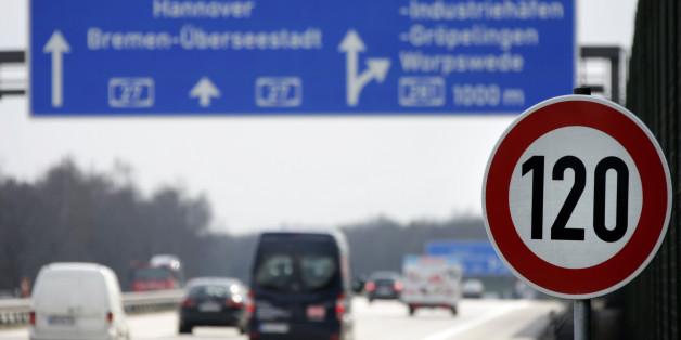 Eine automatische Geschwindigkeitsbegrenzung für Autos? Durch diesen Unsinn entsteht ein Riesenschaden