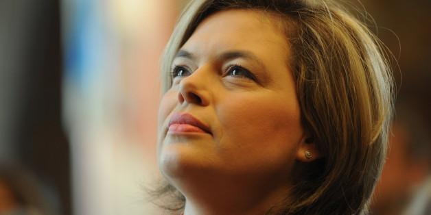 Die stellvertretende Bundesvorsitzende der CDU, Julia Klöckner, attackiert Martin Schulz