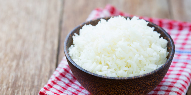 Jasmine rice in a rice bowl on wood table