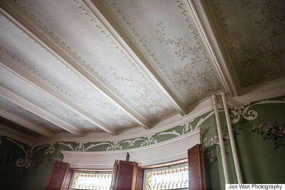 mounce mansion details