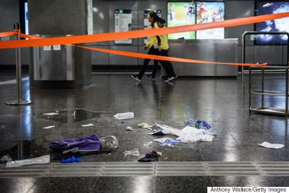 hong kong subway arson