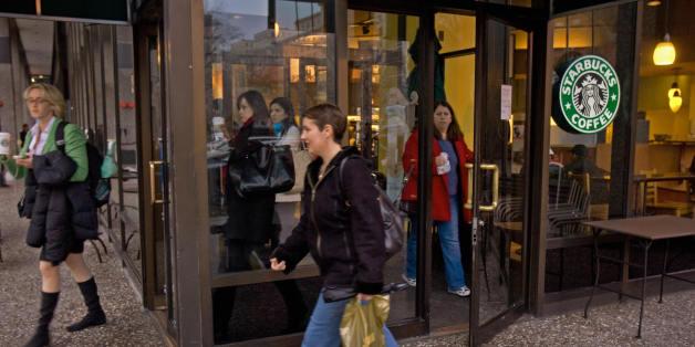 Starbucks-Mitarbeiter verweigert einer schwangeren Frau den Gang auf die Toilette.