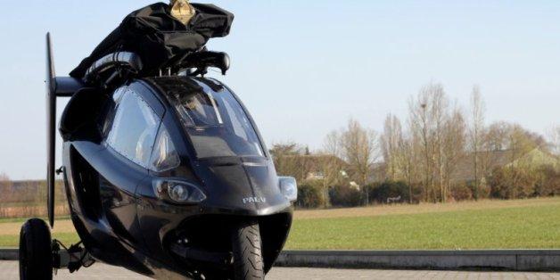 Ein Prototyp des fliegenden Autos