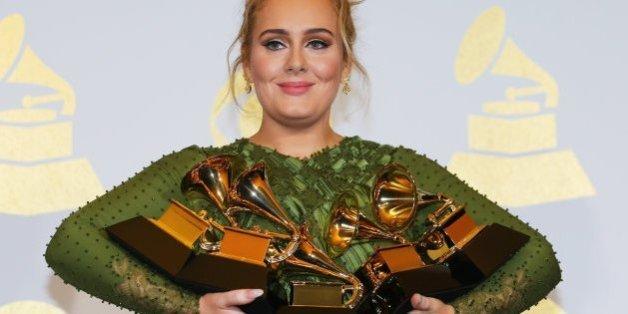 Adele et David Bowie, grands gagnants des Grammy Awards 2017