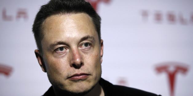 """Tesla-Chef träumt vom Cyborg: """"Menschen müssen mit Technik verschmelzen, um relevant zu bleiben"""""""