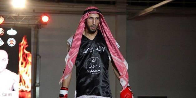 Abderrahim Moutaharrik, l'ex-champion de Muay Thai qui voulait frapper l'ambassade d'Israël en Italie