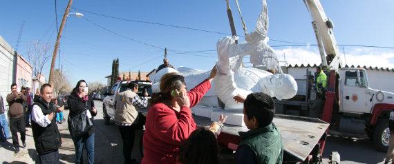 transporte escultura papa