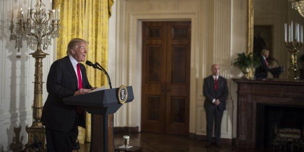 """""""Man muss besoffen sein, um den US-Präsident zu verstehen"""" - russische Medien verlieren die Geduld mit Trump"""