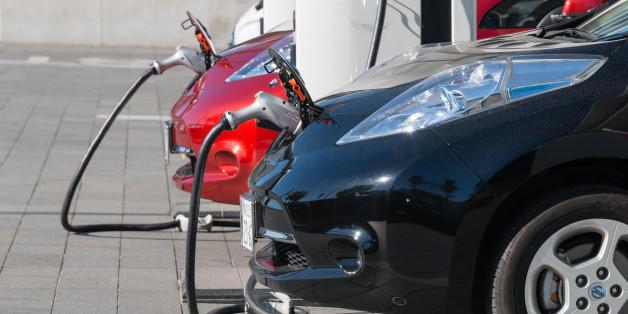 Le Japon fait un second don de voitures au Maroc