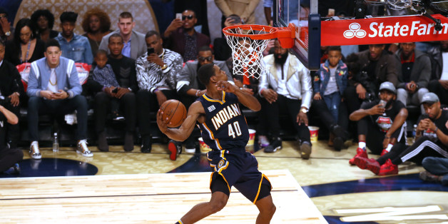 NEW ORLEANS, LA - FEBRUARY 18: Glenn Robinson III #40 of the Indiana Pacers dunks the ball during the Verizon Slam Dunk Contest during State Farm All-Star Saturday Night as part of the 2017 NBA All-Star Weekend on February 18, 2017 at the Smoothie King Center in New Orleans, Louisiana. NOTE TO USER: User expressly acknowledges and agrees that, by downloading and/or using this photograph, user is consenting to the terms and conditions of the Getty Images License Agreement.  Mandatory Copyright Notice: Copyright 2017 NBAE (Photo by Bruce Yeung/NBAE via Getty Images)