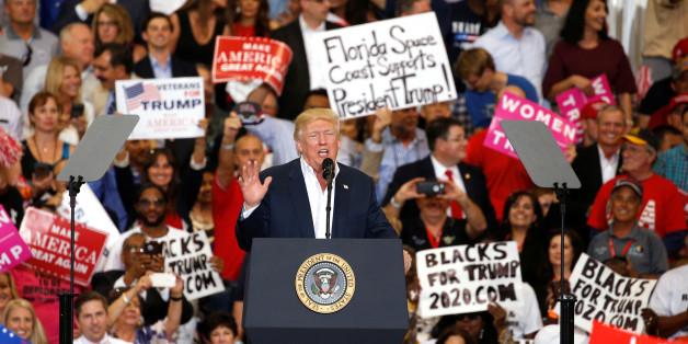 Trump versucht den Einreisestopp zu rechtfertigen - dann erfindet er einen Terroranschlag