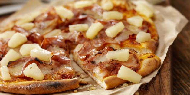 Islands Präsident Johannesson will Ananas-Pizza verbieten - und stößt damit eine weltweite Debatte an