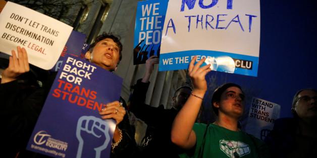 Transgender-Aktivisten demonstrieren in Washington gegen die Trump-Regierung