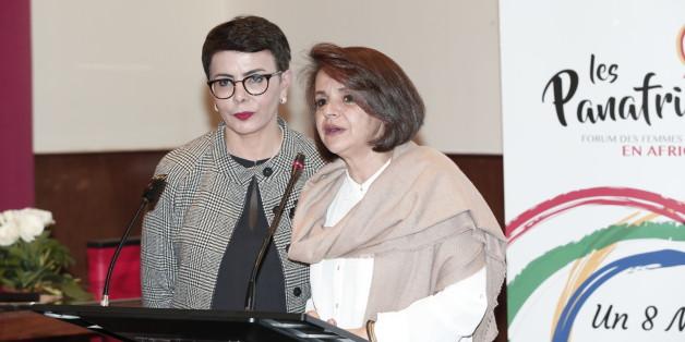 Khadija Boujanoui (à gauche), présidente du Comité Parité et Diversité de 2M et Fathia Elaouni (à droite), responsable antenne et rédactrice en chef de Radio 2M pendant la conférence de presse Les Panafricaines.