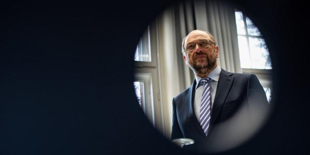 SPD-Kanzlerkandidat Schulz soll in einer Zeit als EU-Parlamentspräsident Mitarbeiter begünstigt haben