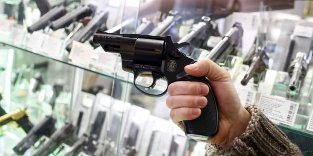 Immer mehr Bürger bewaffnen sich - jetzt führt Sachsen erste Waffenverbotszonen ein
