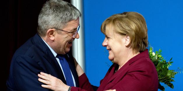 Angela Merkel und Lorenz Caffier beim Parteitag in Stralsund