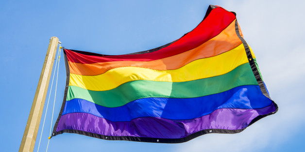 Deux hommes condamnés à six mois de prison pour homosexualité