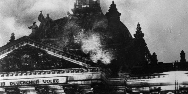 Der Reichstag nach dem Brand in der Nacht vom 27. auf den 28. Februar 1933
